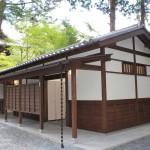 紅葉の名所 高雄山 神護寺のトイレが新しくなりました!もみぢをみにぜひおこしください!
