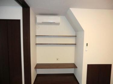 階段下TVボード